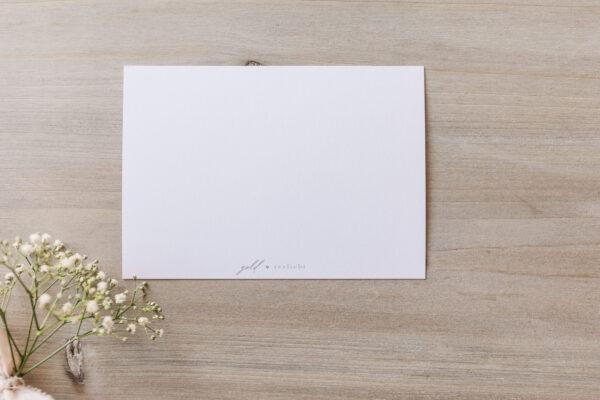 "Postkarte ""Happy Birthday"" mit Cupcake-Illustration, Rückseite"
