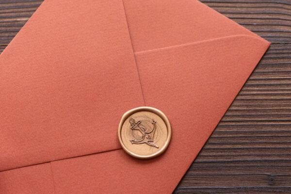 """Wachssiegel """"Anker mit Herz"""" selbstklebend, gold, Briefumschlag"""