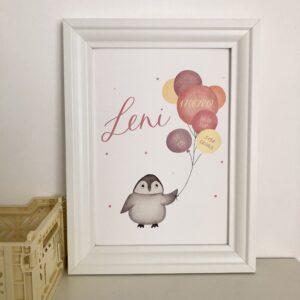 personalisierbares Geburtsbild mit Pinguin und rosa gelben Luftballons A4 im Bilderrahmen